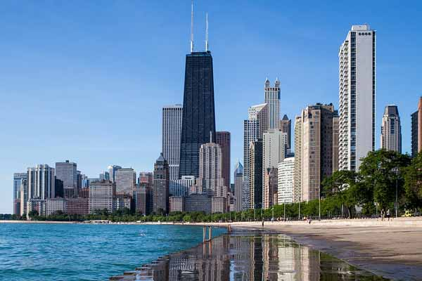 Chicago corporate cruises for your company events!