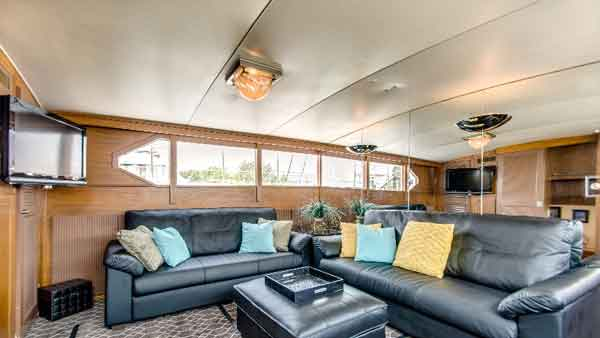 Lower deck of the sophisticated lady